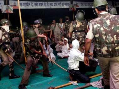 ராம் லீலா மைதானத்தில் ஆட்சியாளர் லீலை எழுப்பும் கேள்விகள்