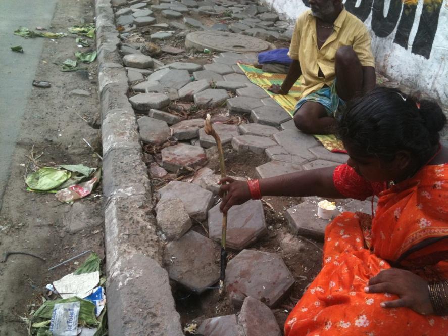 """பேசும் படங்கள்: ஐ..டி ஹைவேயில்.. ரெடியாகுது """"எலி 2011"""" டின்னர்…."""