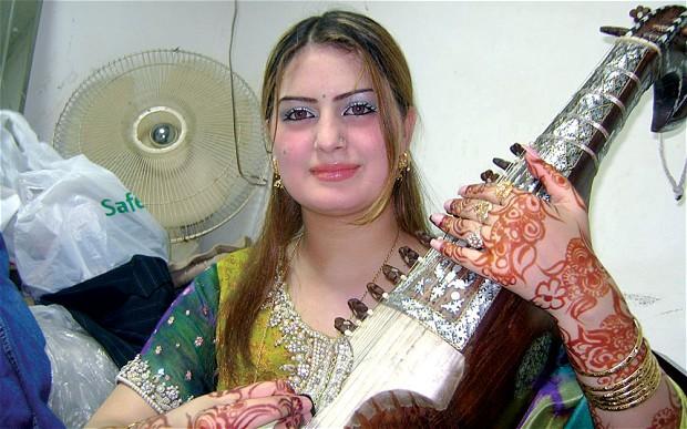 இசைக்கலைஞர்களைக் கொலை செய்யும் பாகிஸ்தான் கலாசாரம்