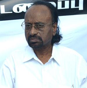 கவிஞர் காசி ஆனந்தனுக்கு சிற்பி இலக்கிய விருது