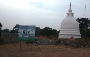 aug5-11-lanka Kanagarayankulam Buddhist stupa