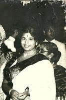 Mrs_Karthika