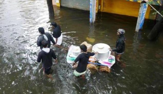 சென்னை- கடலூர் வெள்ளம் சில புகைப்படங்கள்