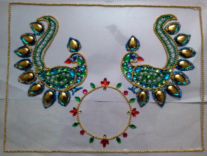 குந்தன் வேலைப்பாட்டில் உருவான கைவண்ணங்கள் 2